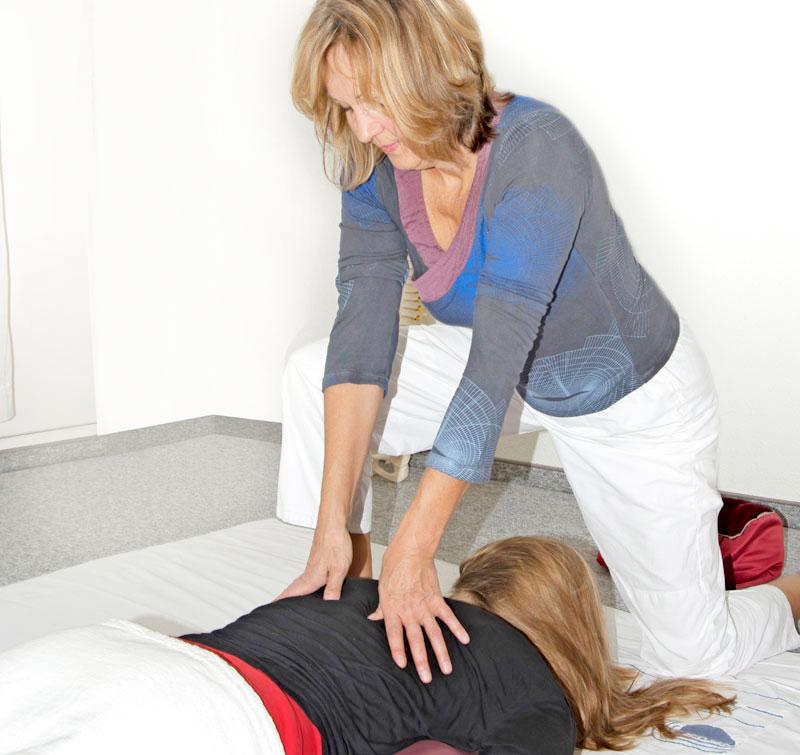 Bewegungen Behandlung Rücken