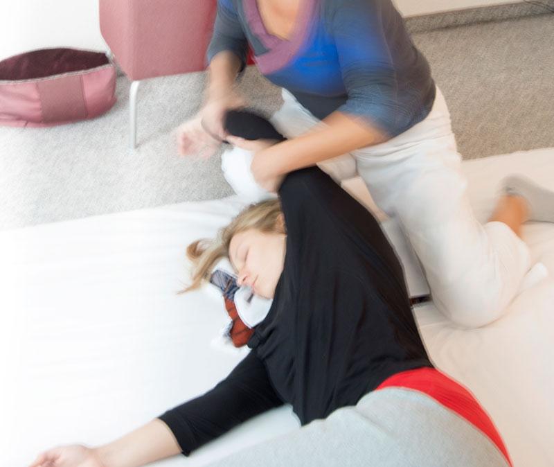 Bewegungen Behandlung Schulter